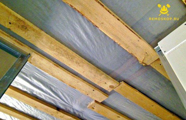 Подготавливаем потолок