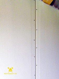 На фото - монтаж перегородок из гипсокартона