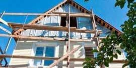 Как зашить фронтон деревянного дома практично и симпатично?