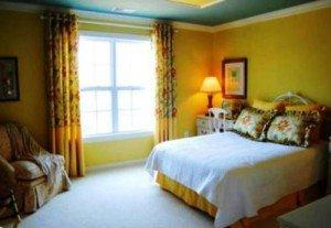 Как красиво наклеить обои в спальне – продумываем гамму фото