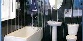 Ремонт туалета пластиковыми панелями – своими руками, быстро и дешево