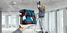 Фото - Аккумуляторный перфоратор как инструмент для работы в труднодоступных местах