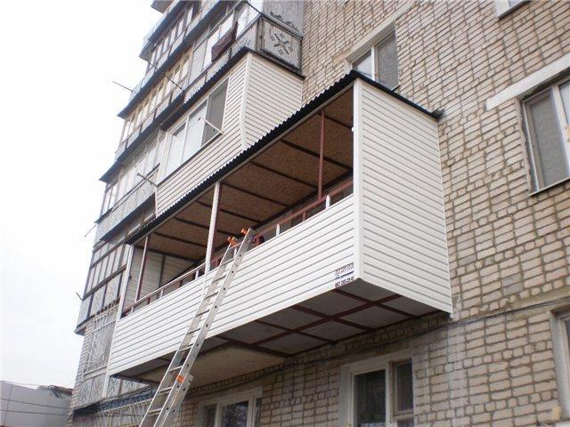 Отделка сайдингом своими руками балконов 2