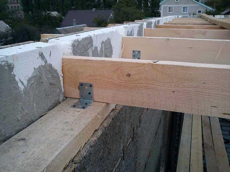 Как сделать деревянное перекрытие между этажами в доме из газобетона