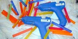 Фото - Клеевой пистолет – инструмент для ювелирной точности ремонта