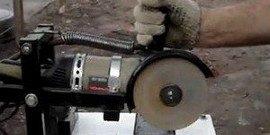 Удобно и практично — делаем отрезной станок из болгарки своими руками