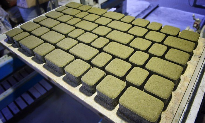 Carrelage pierre gris clair bon artisan la rochelle for Carrelage metro chrome