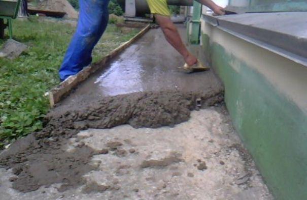 гостиной выкопать по углам конструкция залить бетон этот