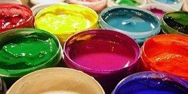 Фото - Водоэмульсионная акриловая краска – глянцевая красота без трещин и потеков