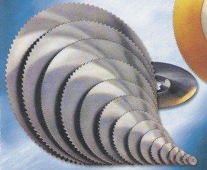 На фото - диски для бензореза по металлу, konigsaw.ru
