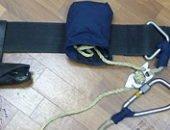 Фото - Пожарный карабин – насколько надежно крепление спасателя?