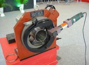 Ручной или электрический труборез – классификация по приводу фото