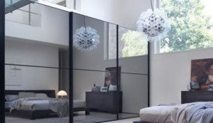 Фото большого зеркала в комнате, dom800.ru