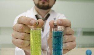 На фото - металлические шарики для измерения вязкости жидкости методом Гепплера, product-test.ru