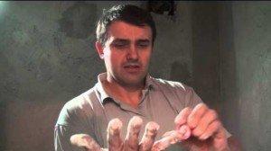 Как очистить монтажную пену – если запачкали руки!