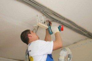 Фото монтажа проводки для гипсокартонного потолка, gipsokartonom.ru