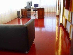 Фото эпоксидного наливного пола в квартире, newdomstroy.ru