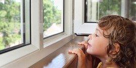 Как самостоятельно установить подоконник на балконе своими руками