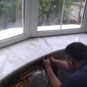 Фото установки мраморного подоконника, ant-bud.com.ua