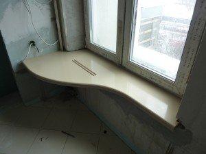 Фото стола-подоконника из ПВХ своими руками, universal-stone.ru