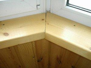 Монтаж деревянного подоконника – стоит ли затевать?