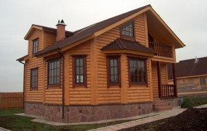 Фото деревянного блок-хауса с имитацией бревна, domvderevne.ru