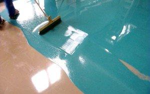 Фото финишного слоя наливного пола в ванной, osnovam.ru