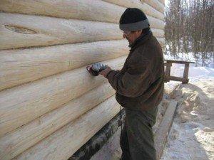 Фото шлифовки деревянного блок-хауса, novosel.ru