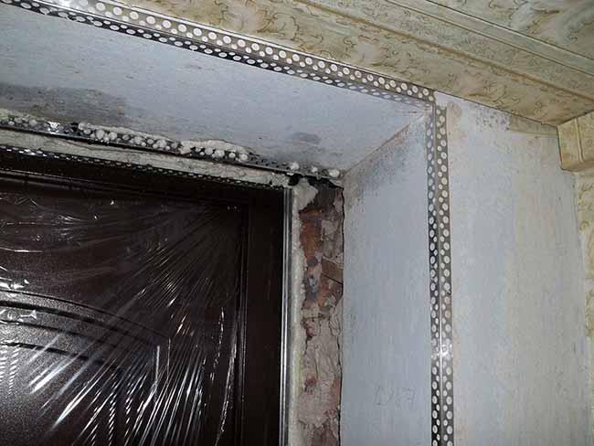 откосы из гипсокартона для входных дверей