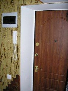 Фото оштукатуренных откосов входной двери, ksportal.ru