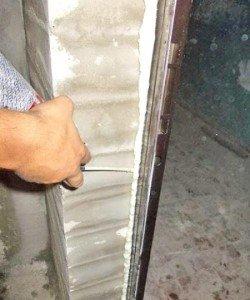 Фото откосов входной двери с монтажной пеной, postroy-sam.com