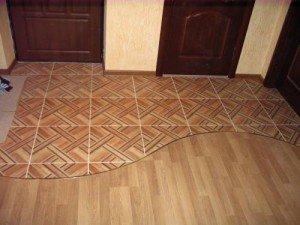 Плитка напольная под паркет – за и против древесной имитации