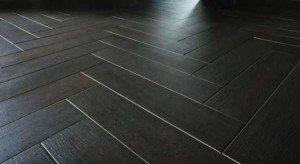 Плитка напольная под паркет – за и против древесной имитации фото