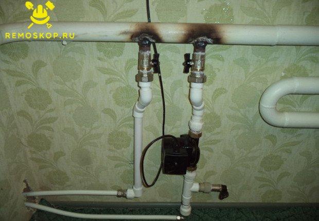 Подключаем шланги к системе отопления
