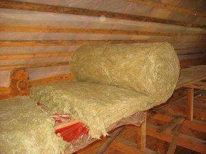 Фото минеральной ваты для утепления мансарды, marketer-stroi.com