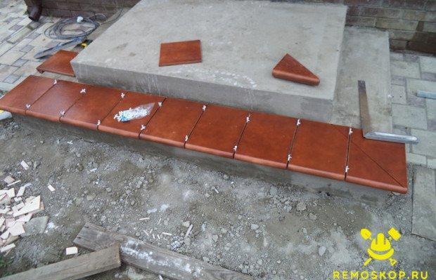 Раскладываем плитку