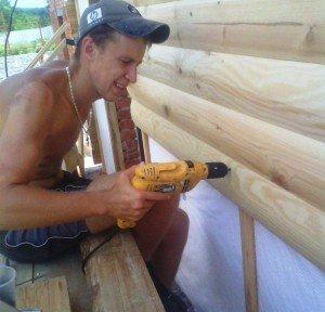 На фото - крепление деревянного блок-хауса, pro-uteplenie.ru