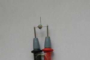 Фото самодельного детектора скрытой проводки из омметра, homo-habilis.ru
