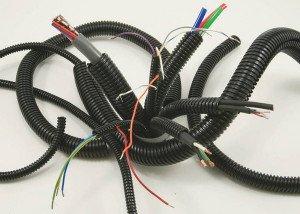 На фото - гофрированные трубки для электрической проводки, profibrus.ru