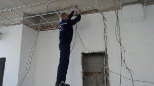 Фото замены электропроводки, remontideal.ru