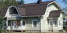 Крыши домов с мансардой – вдали от суеты