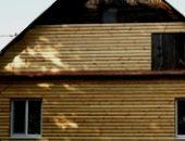 Фото - Обшивка дома блок-хаусом – украшаем и утепляем