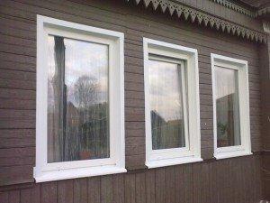 На фото - наружные откосы окна из оцинкованного металла, оконный-доктор48.рф