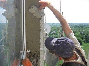 Фото оштукатуривания уличных откосов окна, moyalodzhiya.ru