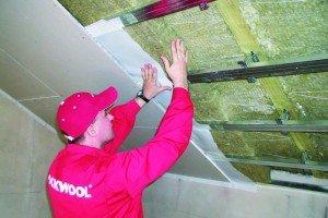 Гипсокартон и натяжной потолок на мансарде – стоит ли делать самому? фото
