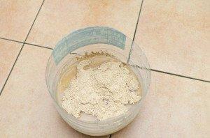 Фото приготовления затирки для плитки из сухой смеси, 4homes.ru