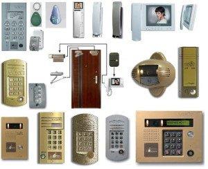 На фото - типы домофонов, domofon-remont.ru