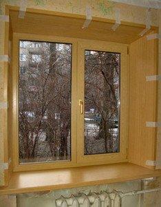 На фото - деревянные откосы окна, coralz.ru