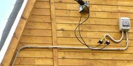 Электропроводка на даче – как сделать ее быстро и надежно?