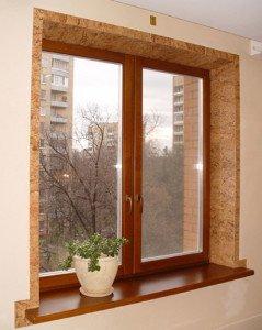 На фото - отделка откосов окна пробковым деревом, eco-evrookna.ru